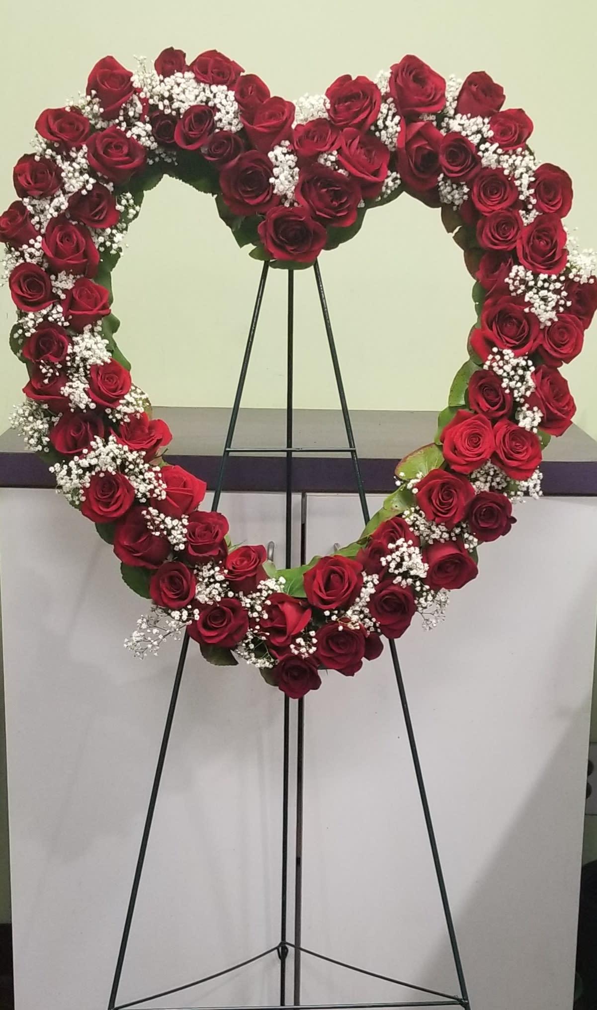 Red Rose Heart Tribute In Philadelphia Pa Philadelphia Flower