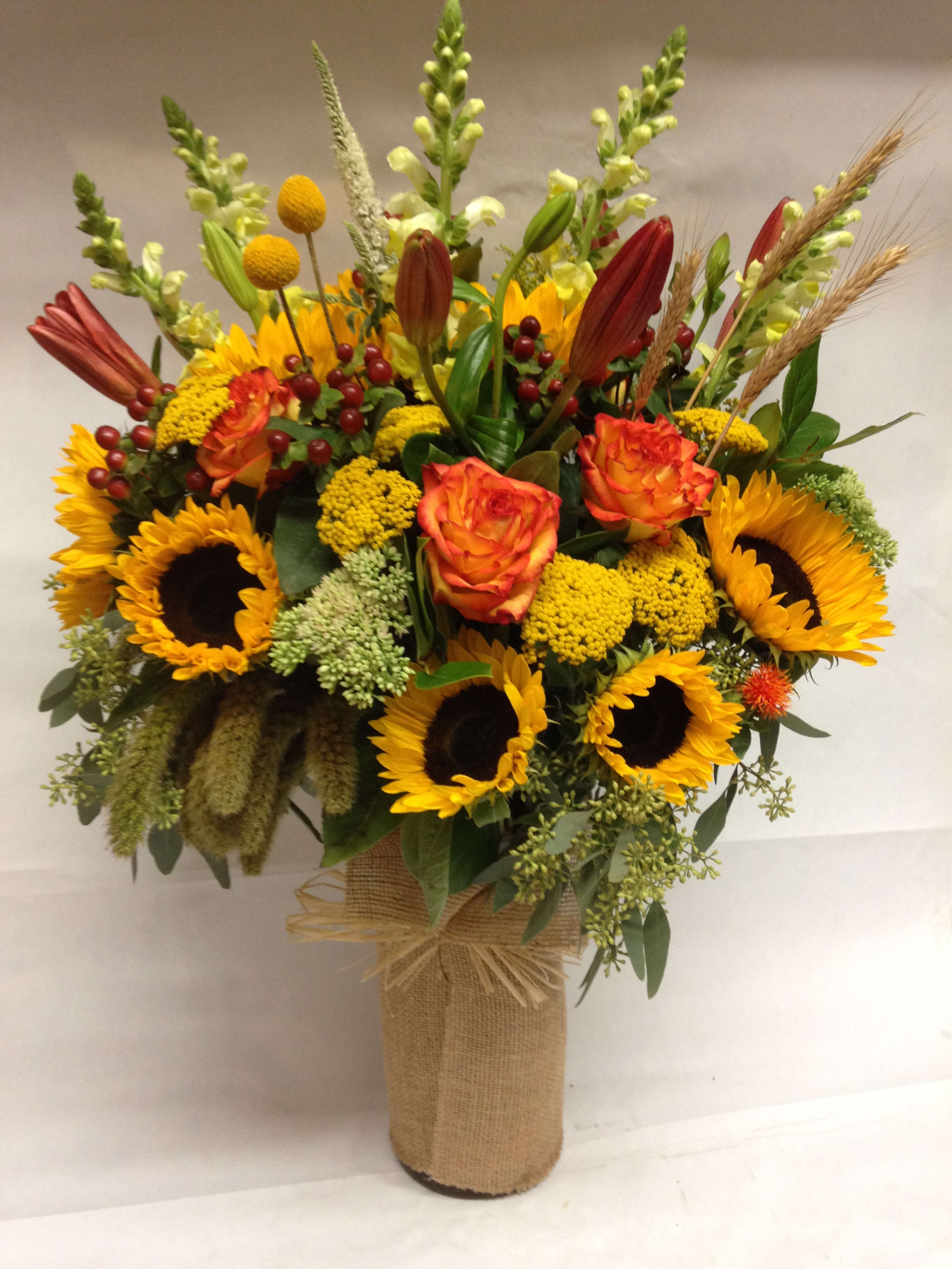what flowers are available in autumn