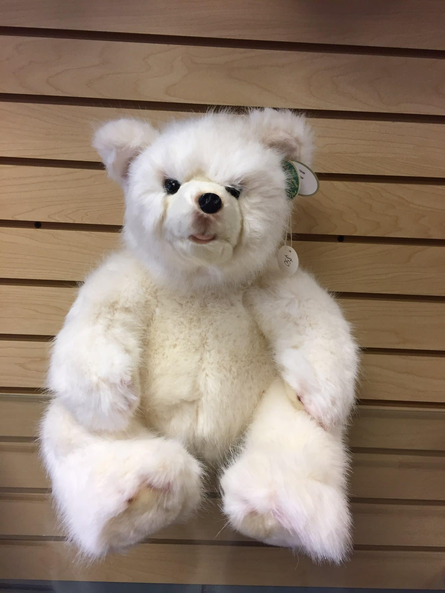 winter bear in edwardsville il a wildflower shop. Black Bedroom Furniture Sets. Home Design Ideas