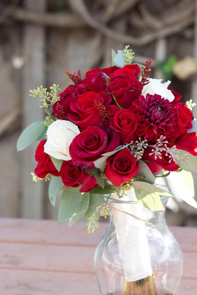 Red Rose Wedding Bouqet.Red White Bridesmaid Bouquet In San Jose Ca Bee S Flowers