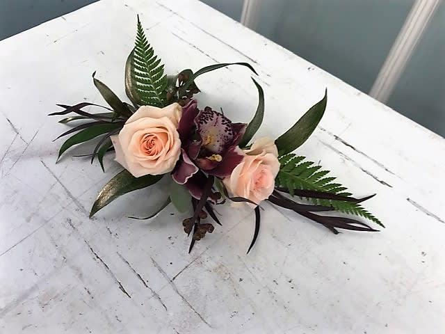 660582ccdaf8 Flowers For The Hair in Millbury, MA | Floral Elegance