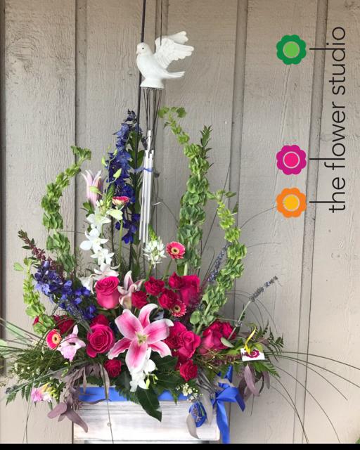 Peaceful Wind Chime Wooden Box In Altamonte Springs Fl The Flower Studio