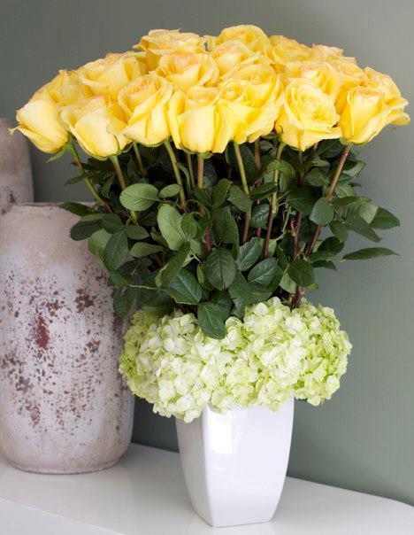 Tall Yellow Elegance In Pasadena Ca Pasadena Florist