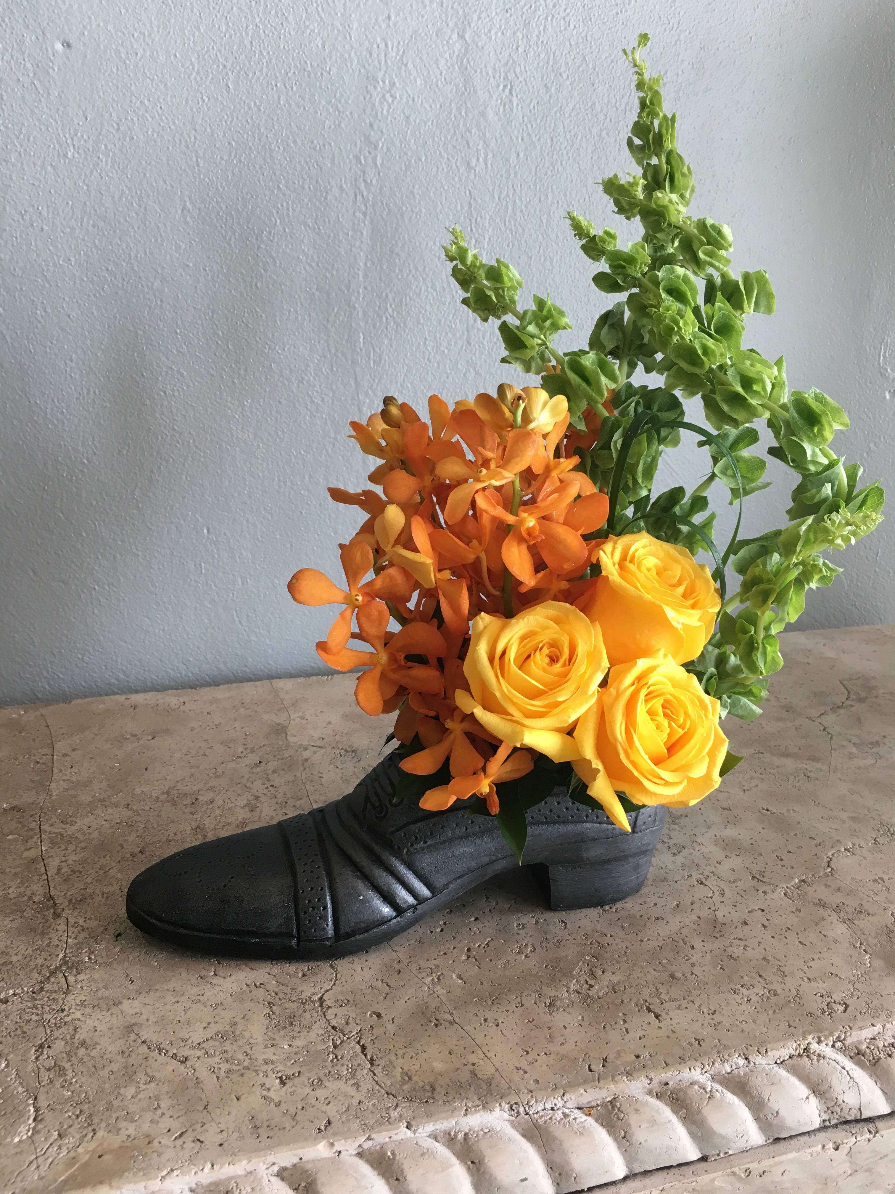 9d4651f344b7a Dad's Shoe in West Palm Beach, FL | Burst of Class Florist