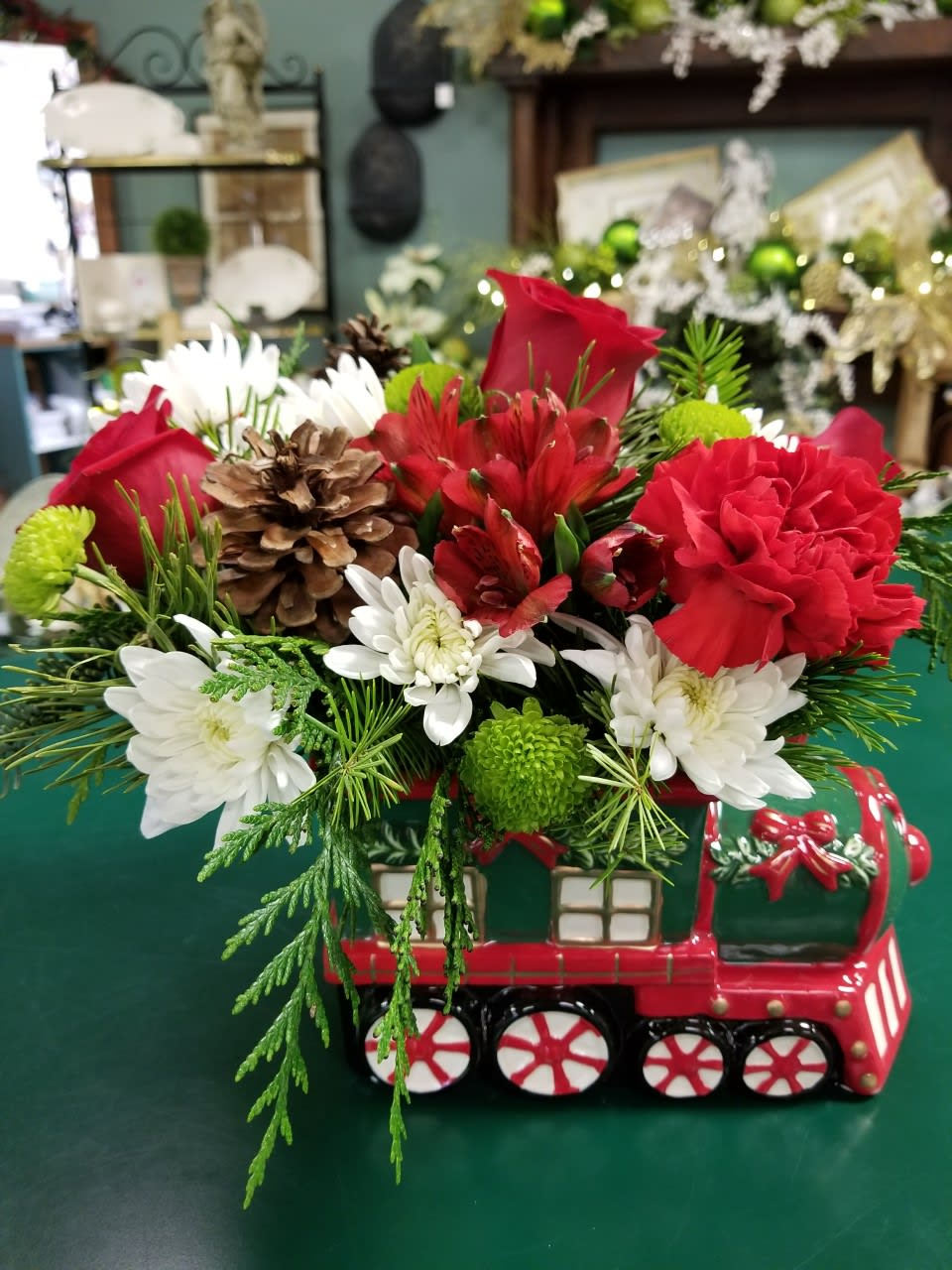 This Christmas.Christmas Train In Saint Louis Mo Russell Florist