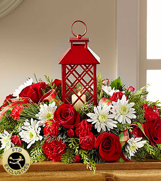 Ftd Christmas Centerpiece In Oregon City Or Wild Strawberry Florist