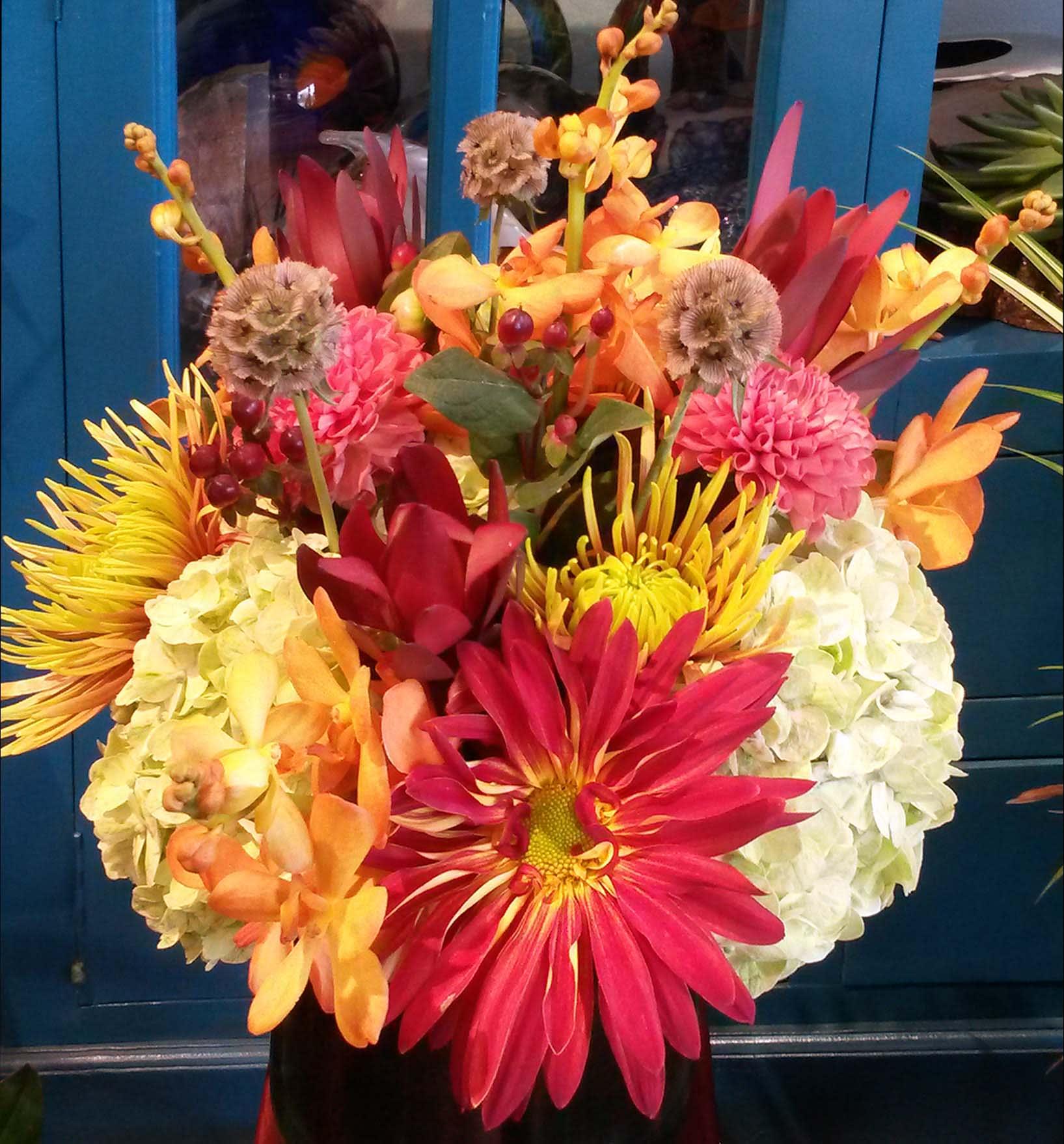 Autumn Glow In Chicago Il Gratitude Heart Garden Florist