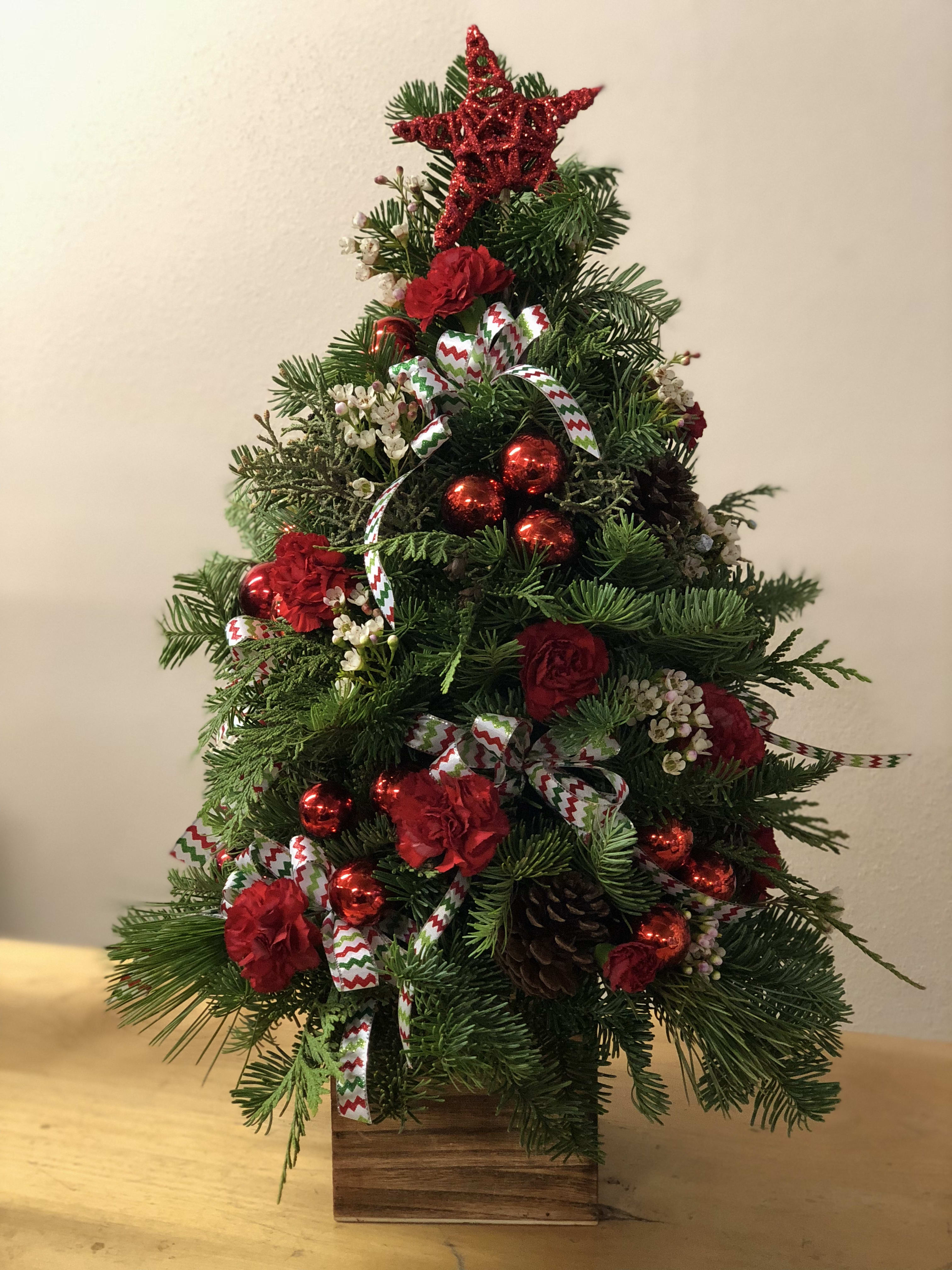 Rustic Tabletop Christmas Tree In La Pine Or La Pine Florist And
