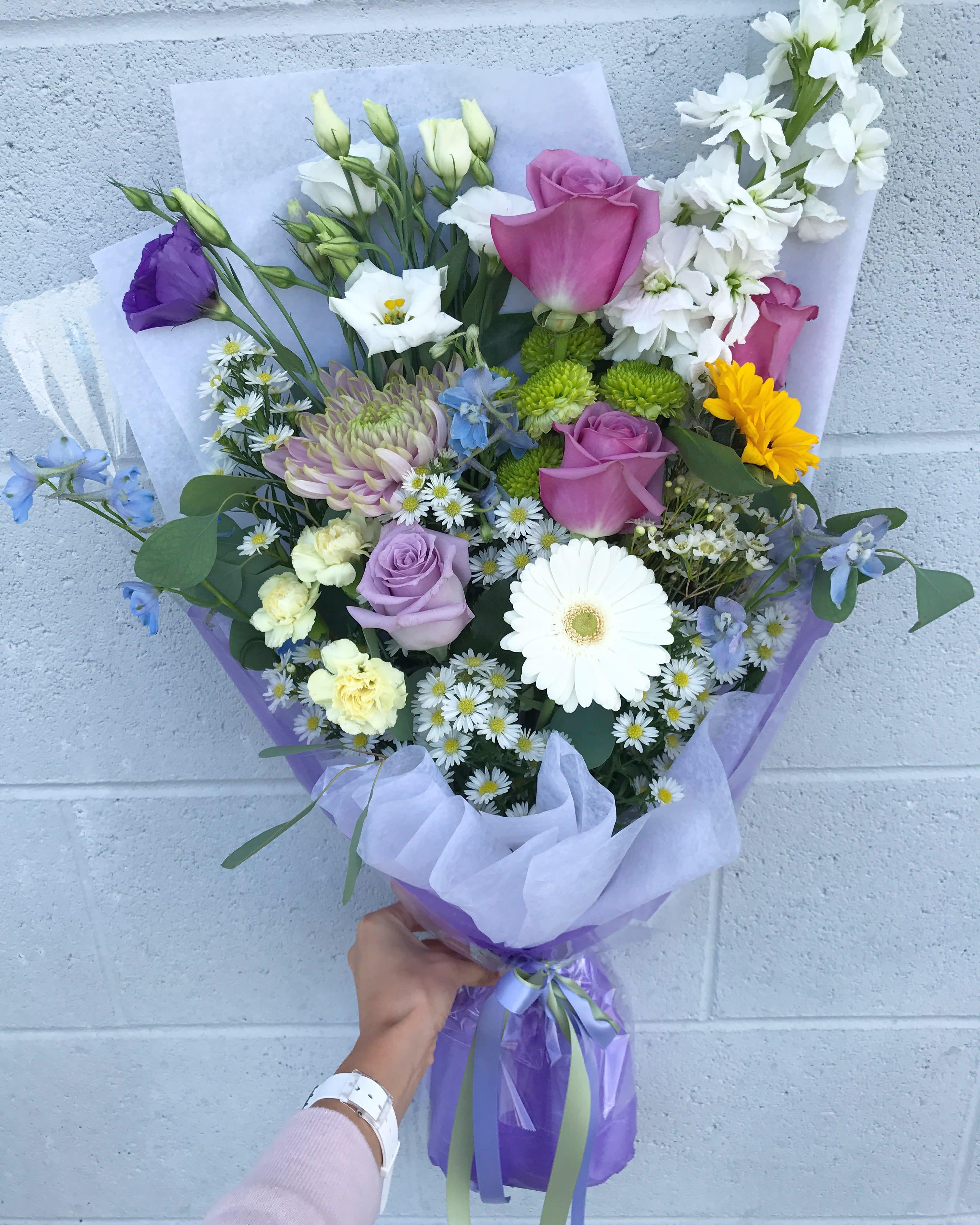 Fresh Cut Bouquet Cloudy Dream In Newton Ma Busy Bee Flowers