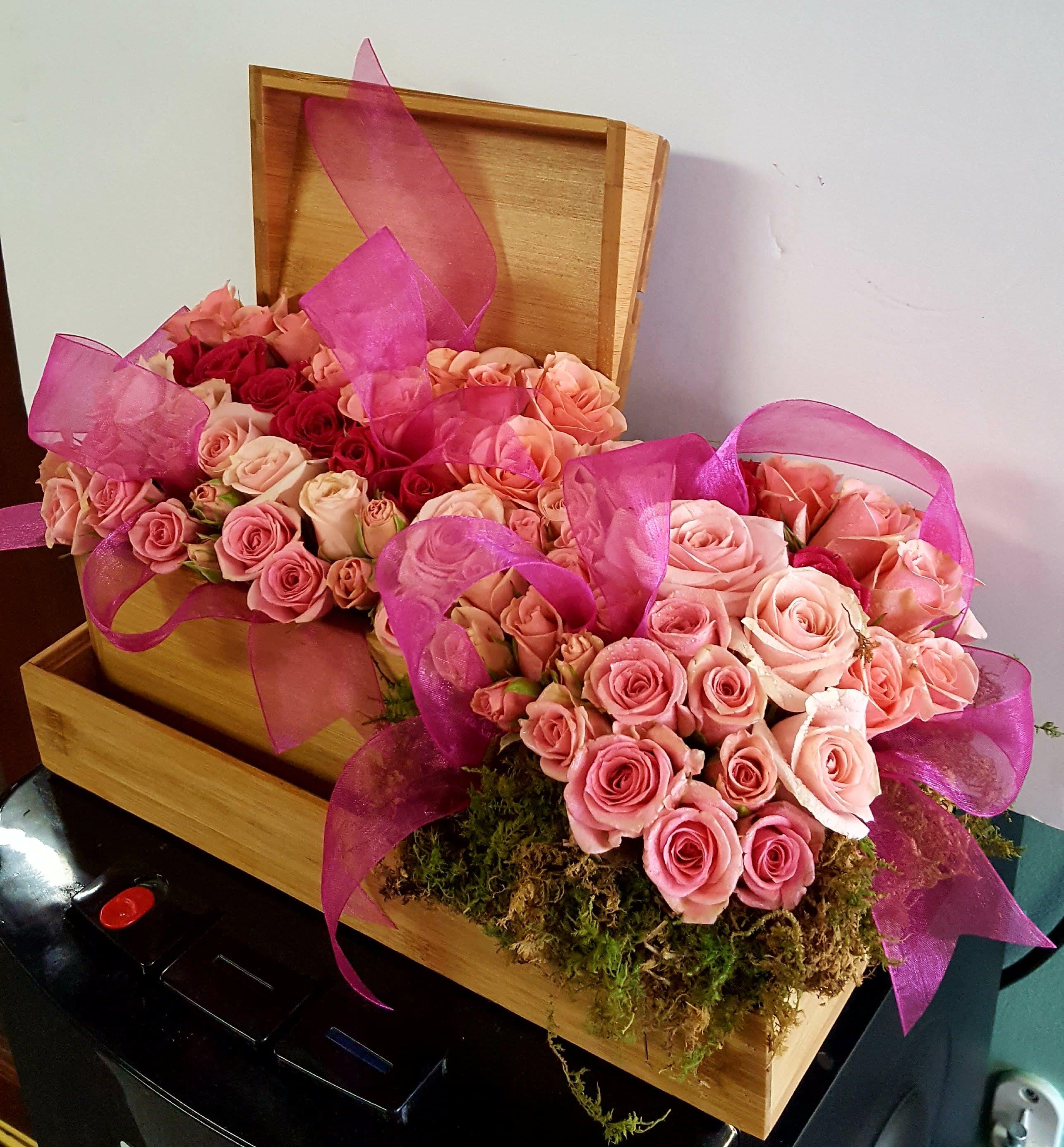 Blooms-In-Box in Phoenix, AZ | Arcadia Flowers & Gifts