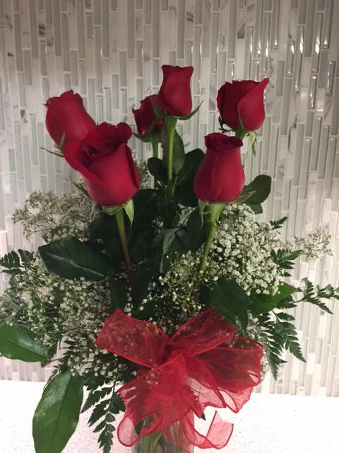 12 Dozen Roses In Elgin Ok The Floral Secret