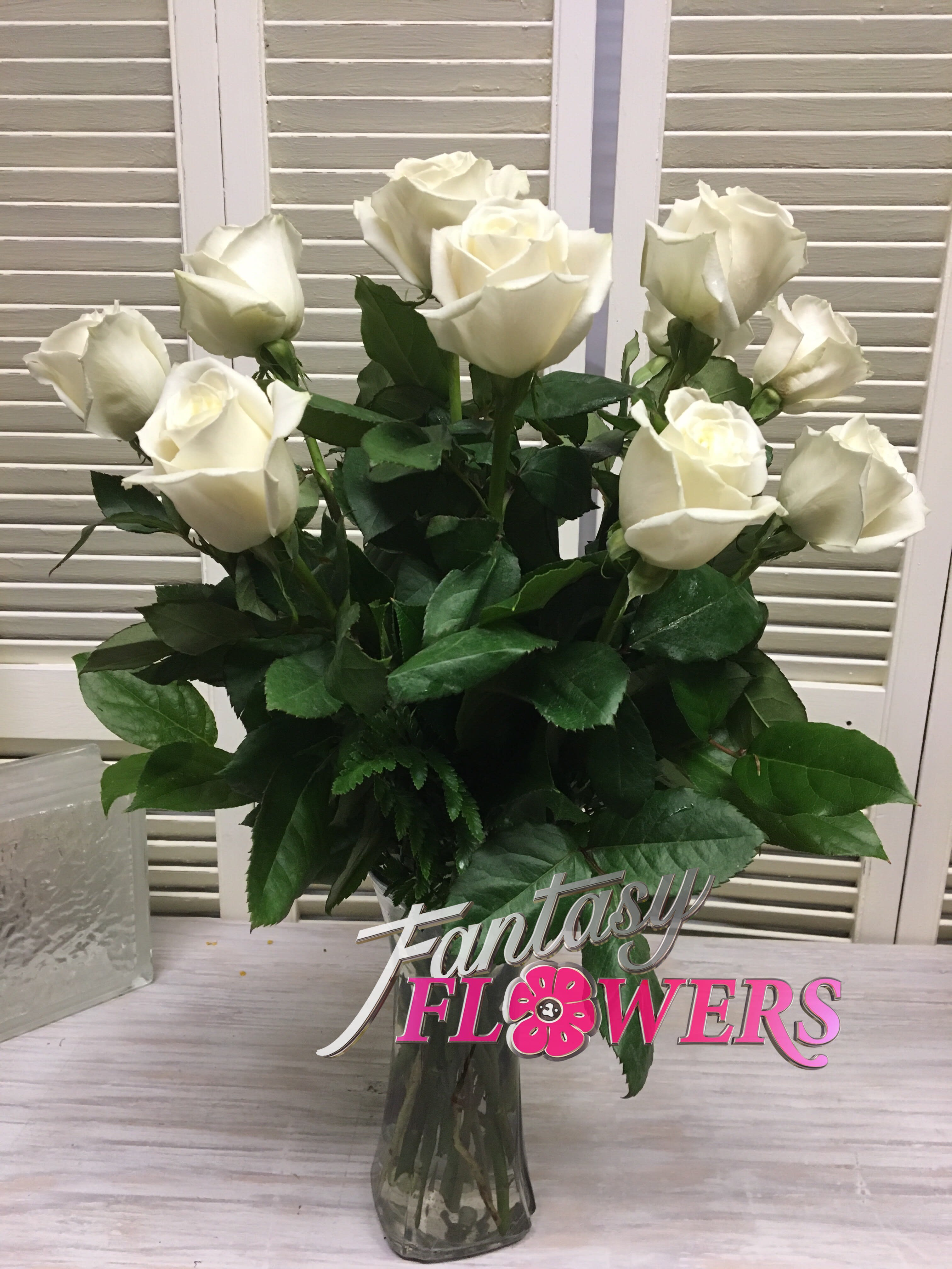 First Love White Roses In Thiensville Wi Fantasy Flowers Gifts