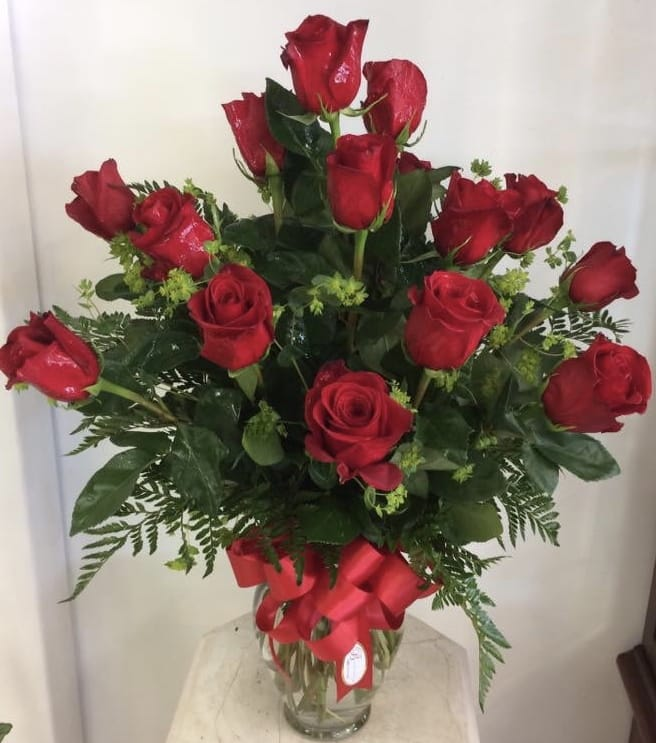 14 Red Roses In Ponca City Ok Bella Flora Bakery
