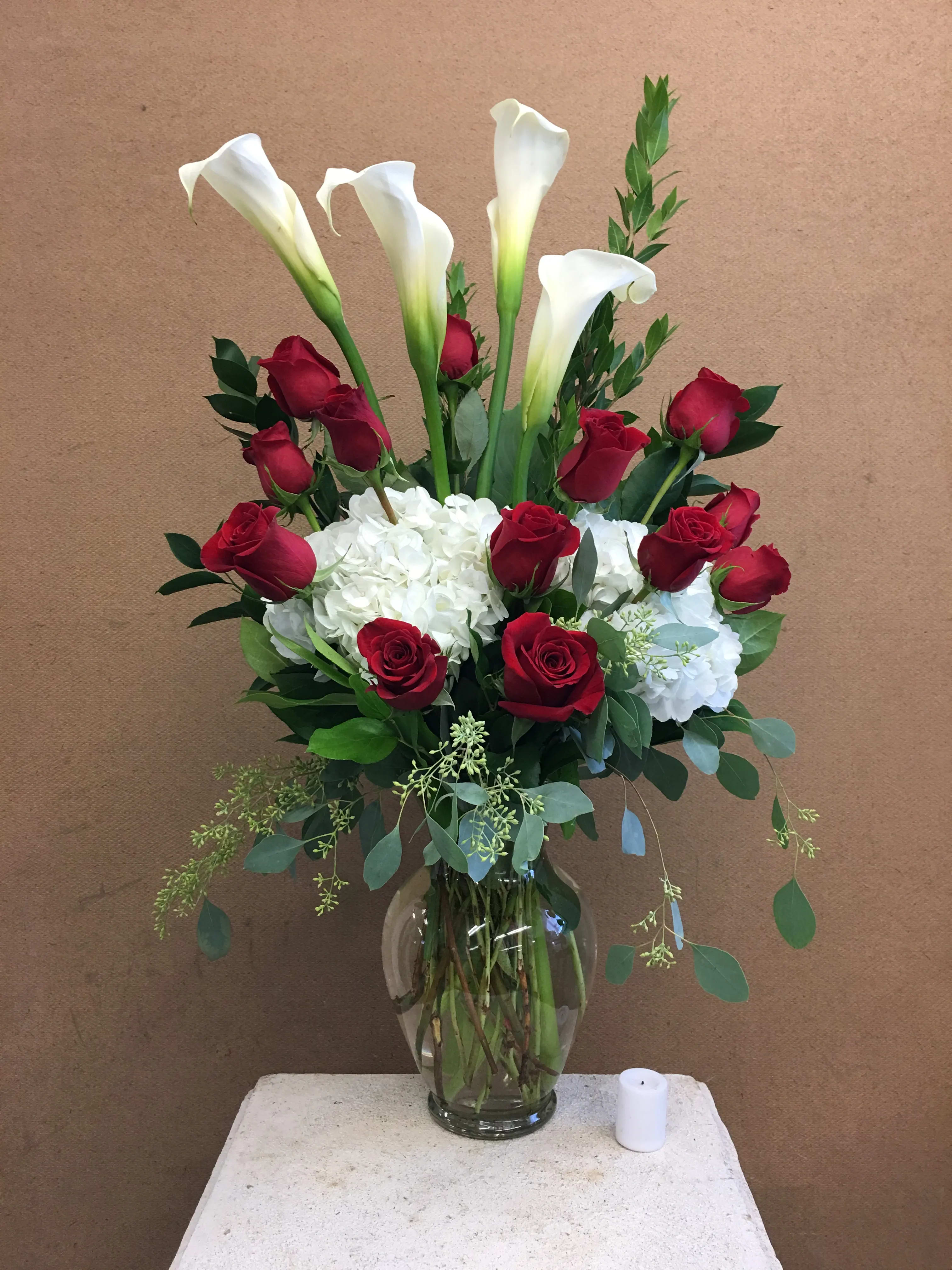 Evans Calla Lilies & Roses in Peabody, MA | Evans Flowers