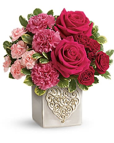 Swirling Hearts Bouquet By Teleflora In Nashville Il The Flower