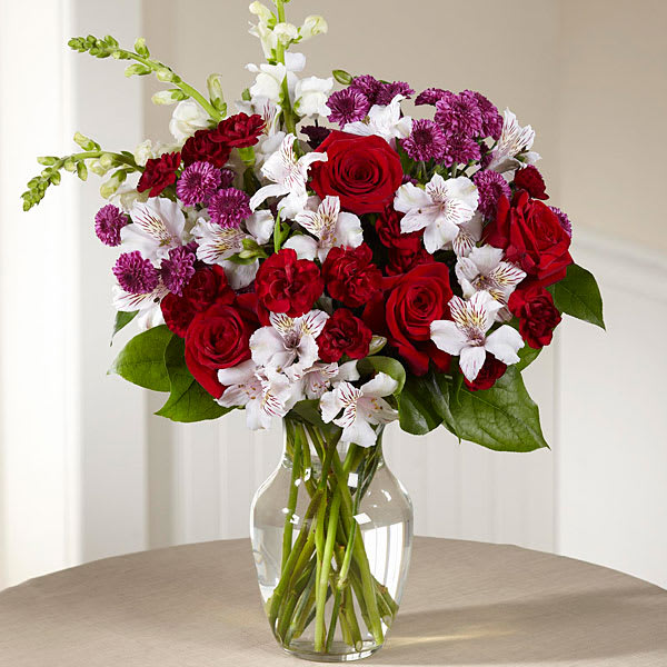 The FTD Dramatic Effects Bouquet