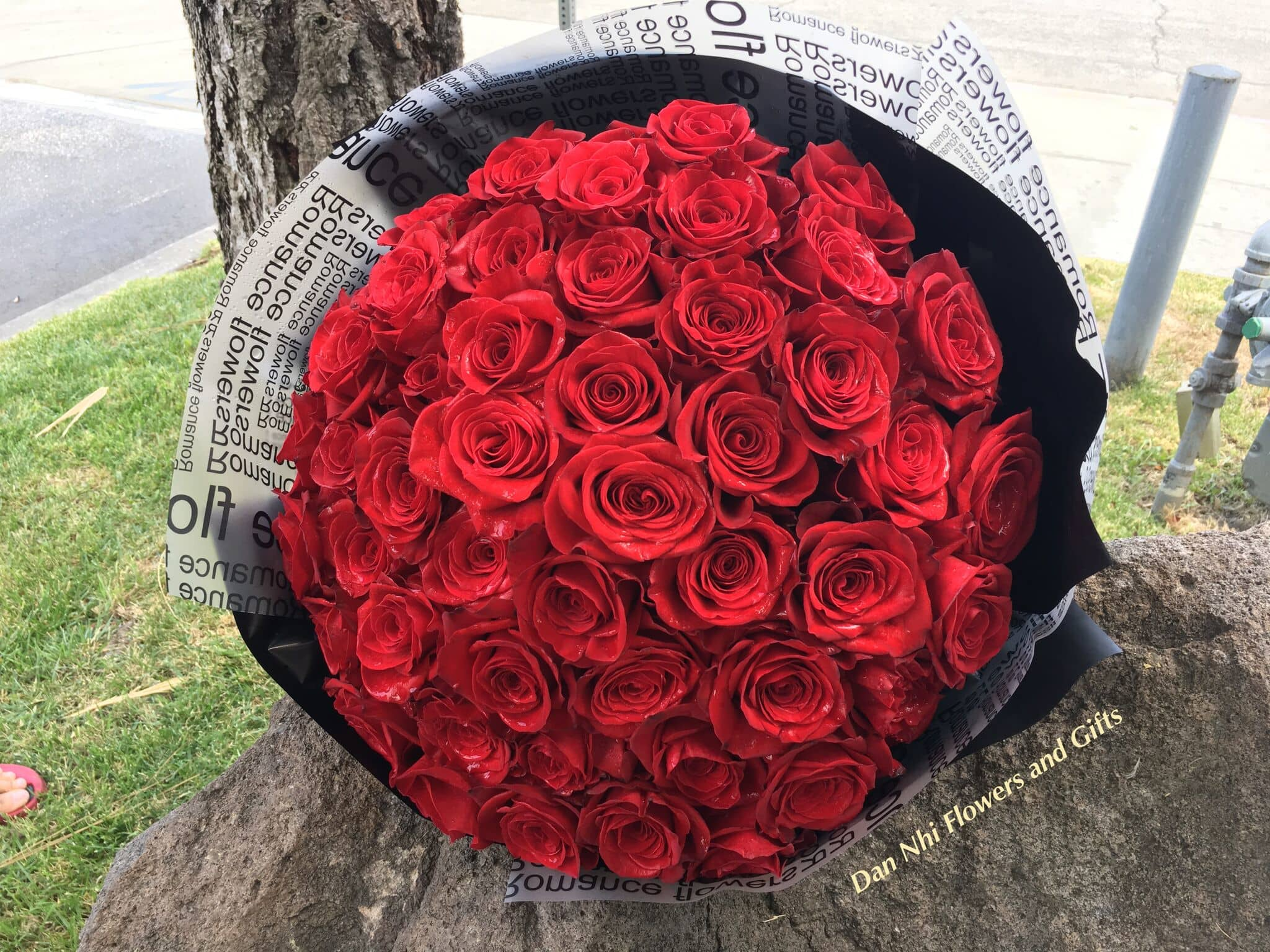 Romantic Red Rose Bouquets In San Gabriel Ca Dan Nhi Flowers And