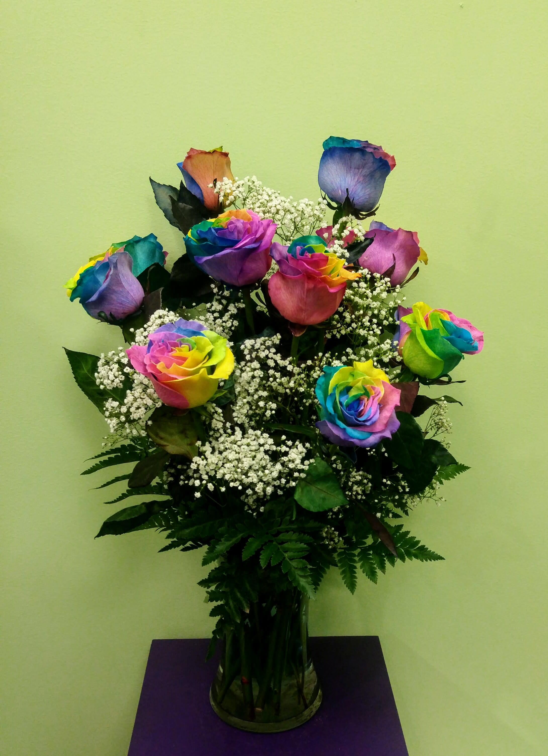 Dozen Rainbow Roses Arranged