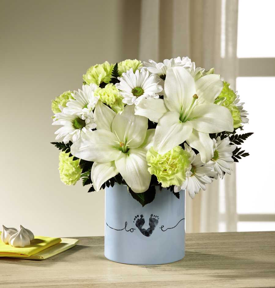 The Ftd Tiny Miracle New Baby Boy Bouquet Bb1 In Cambridge Ma