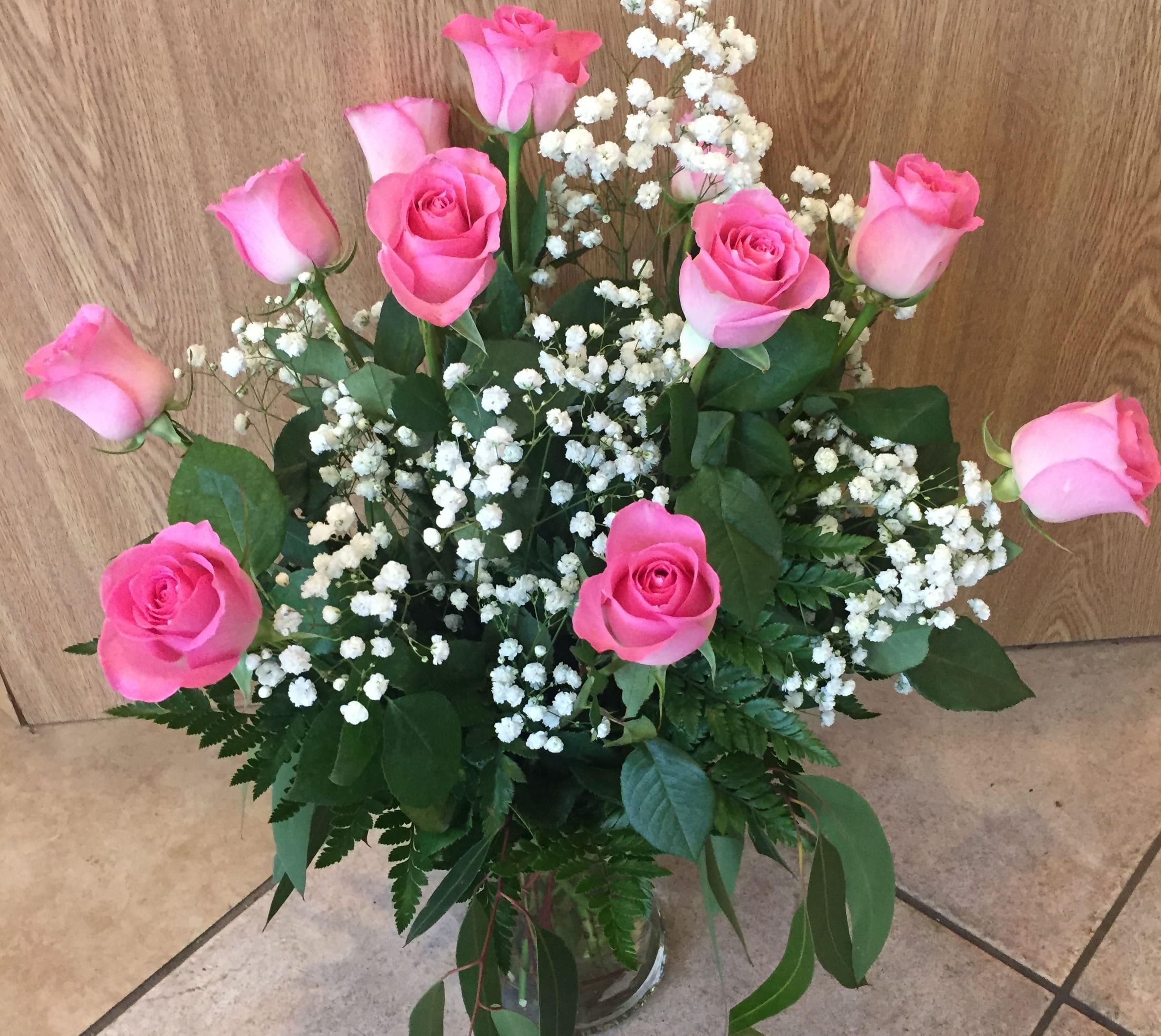 Dozen Pink Roses In A Vase In Mount Laurel Nj Flowers By Elizabeth