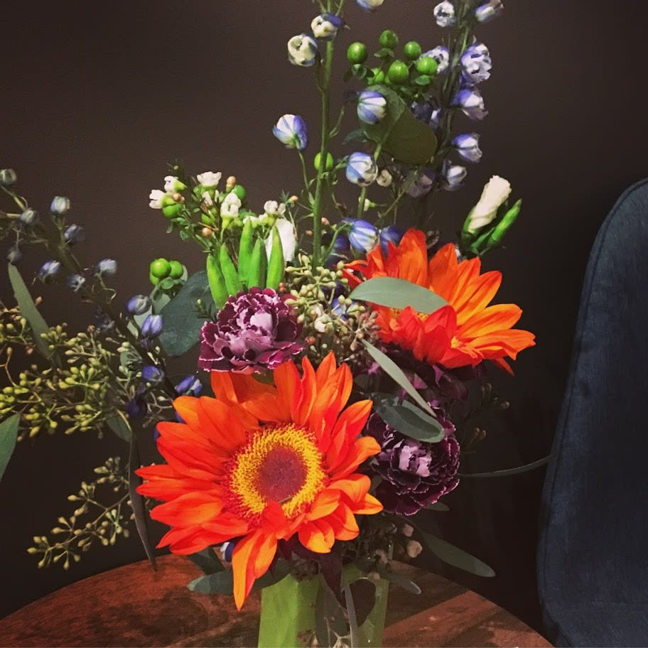 Small Pick Up Arrangement - Assortment of seasonal and in-store fresh flowers available for