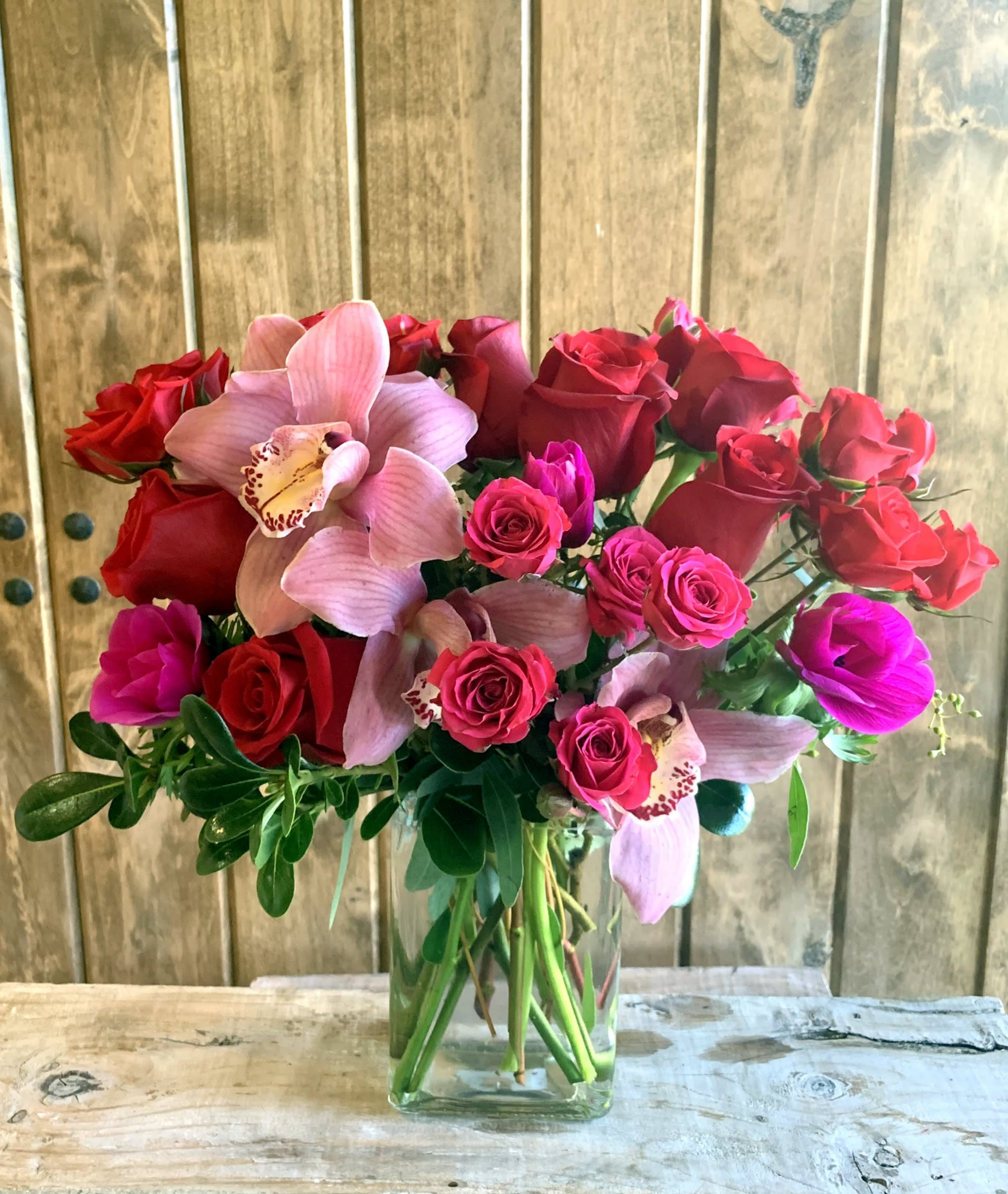 Love Amour In Chatsworth Ca Joan S Flower Shop