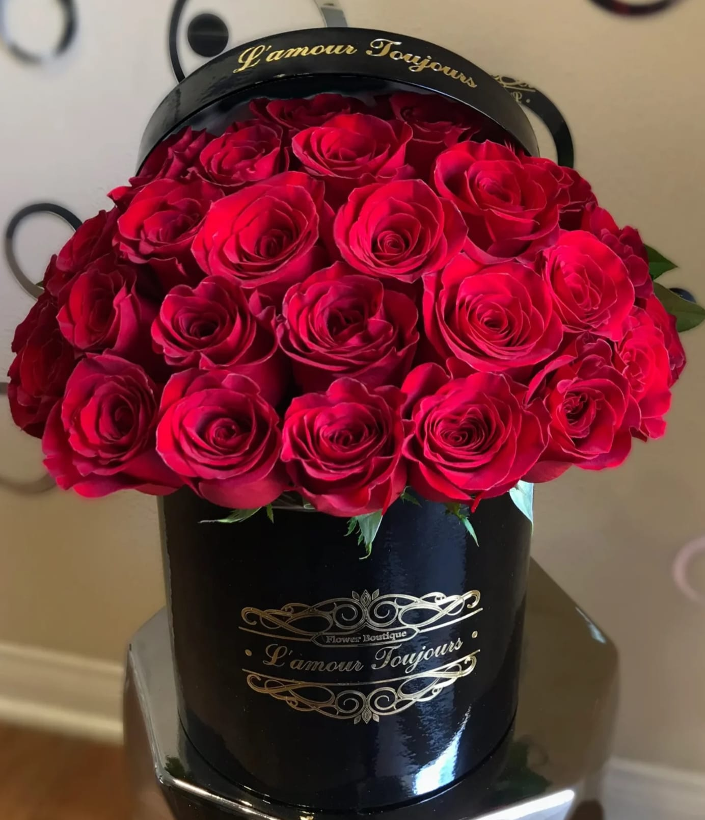 7ac2c5845 Classic Signature Box Red Roses. Classic Signature Box Red Roses - 25  Premium Red Roses You can change the color of