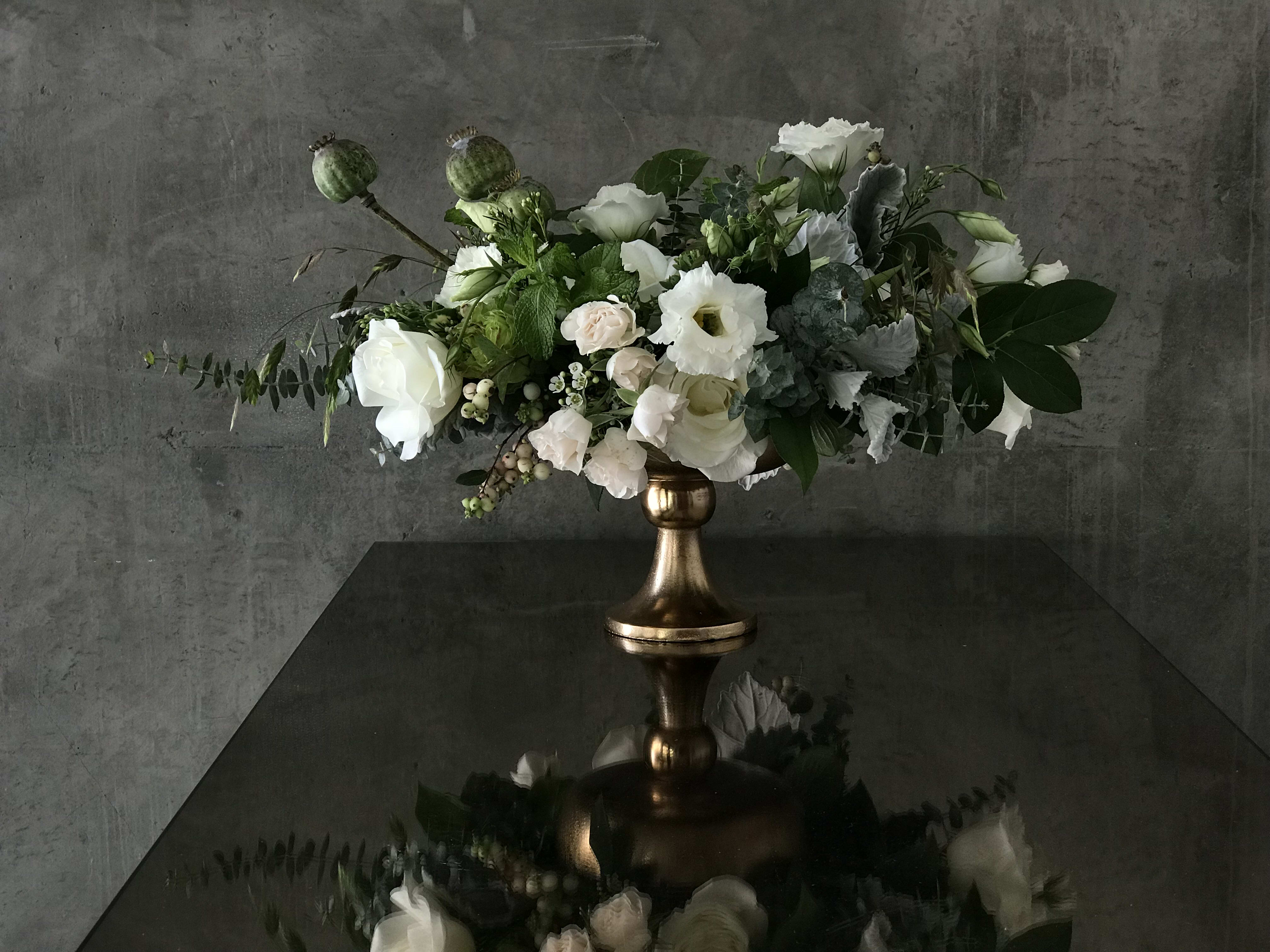 Romantic Compote In New York Ny Flowerschool Flowershop