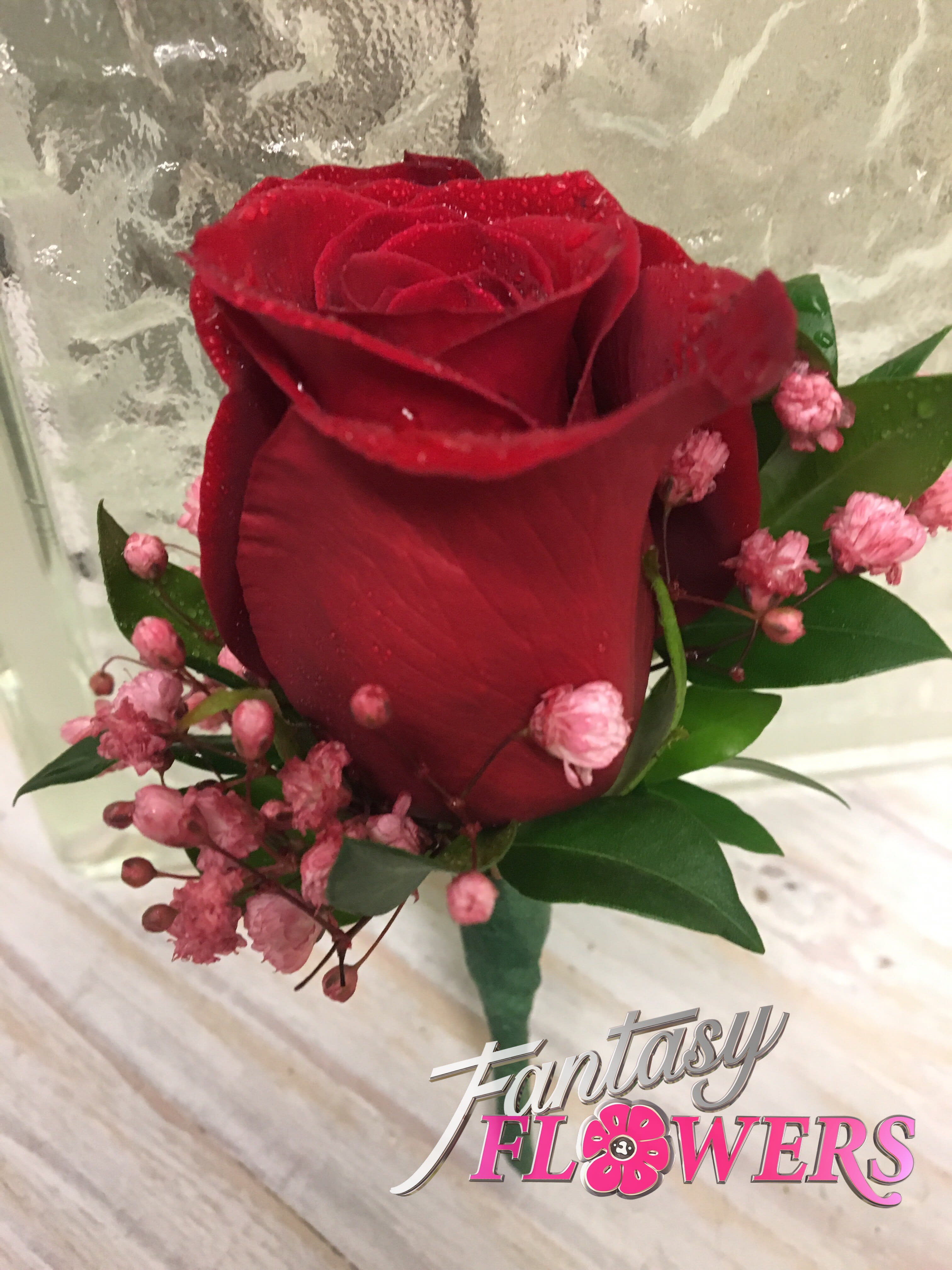 Simplicity Red boutonniere