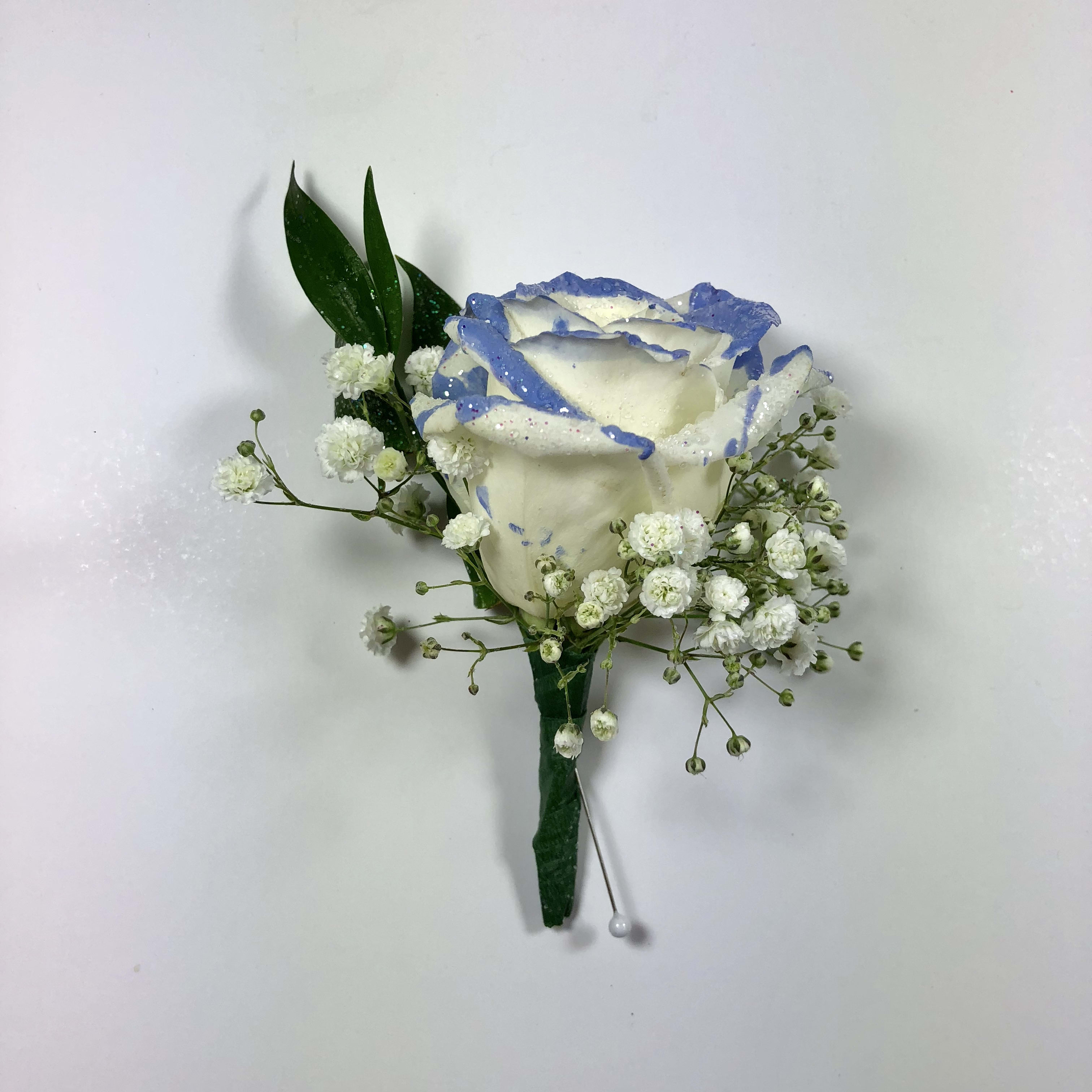 B10 Rose boutonniere tipped with color FG364W