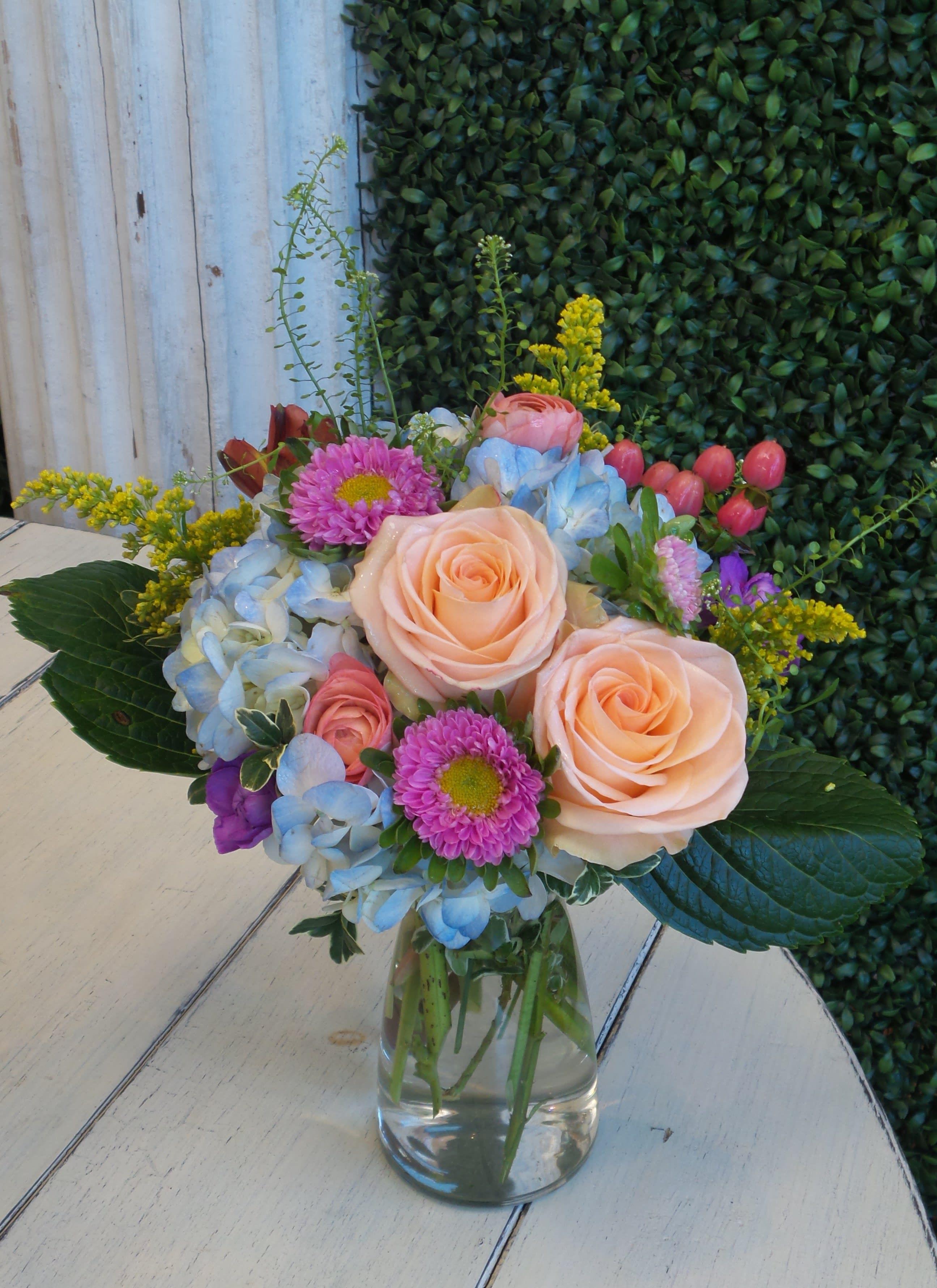 Reg 19 In Hays Ks Regeenas Flowers Events