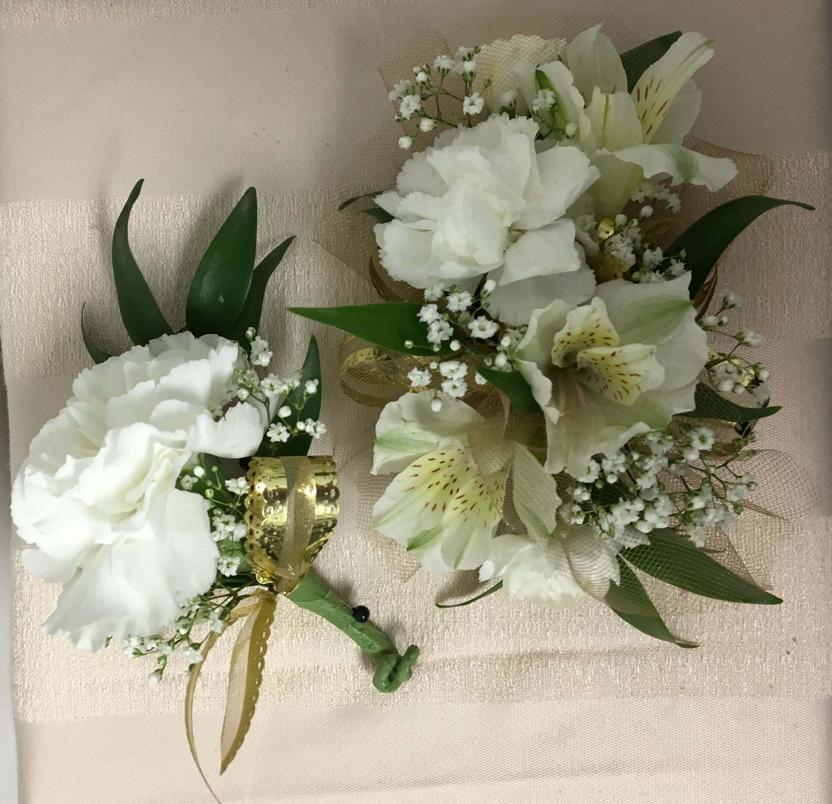 Corsage and Boutonniere Gold Accent