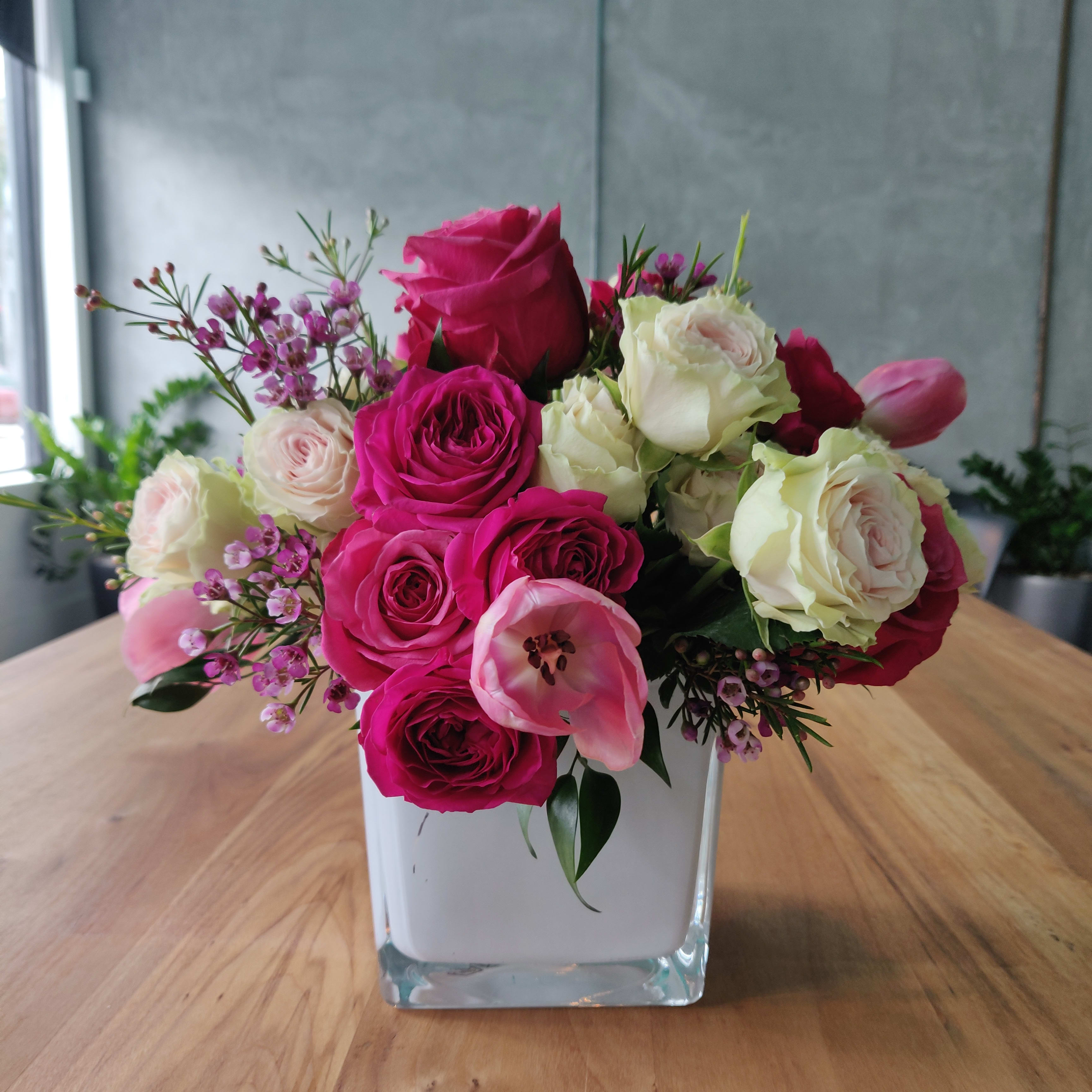 Designer Floral Arrangement Mother S Day Free Delivery In Miami In Miami Fl Boutique Orchid