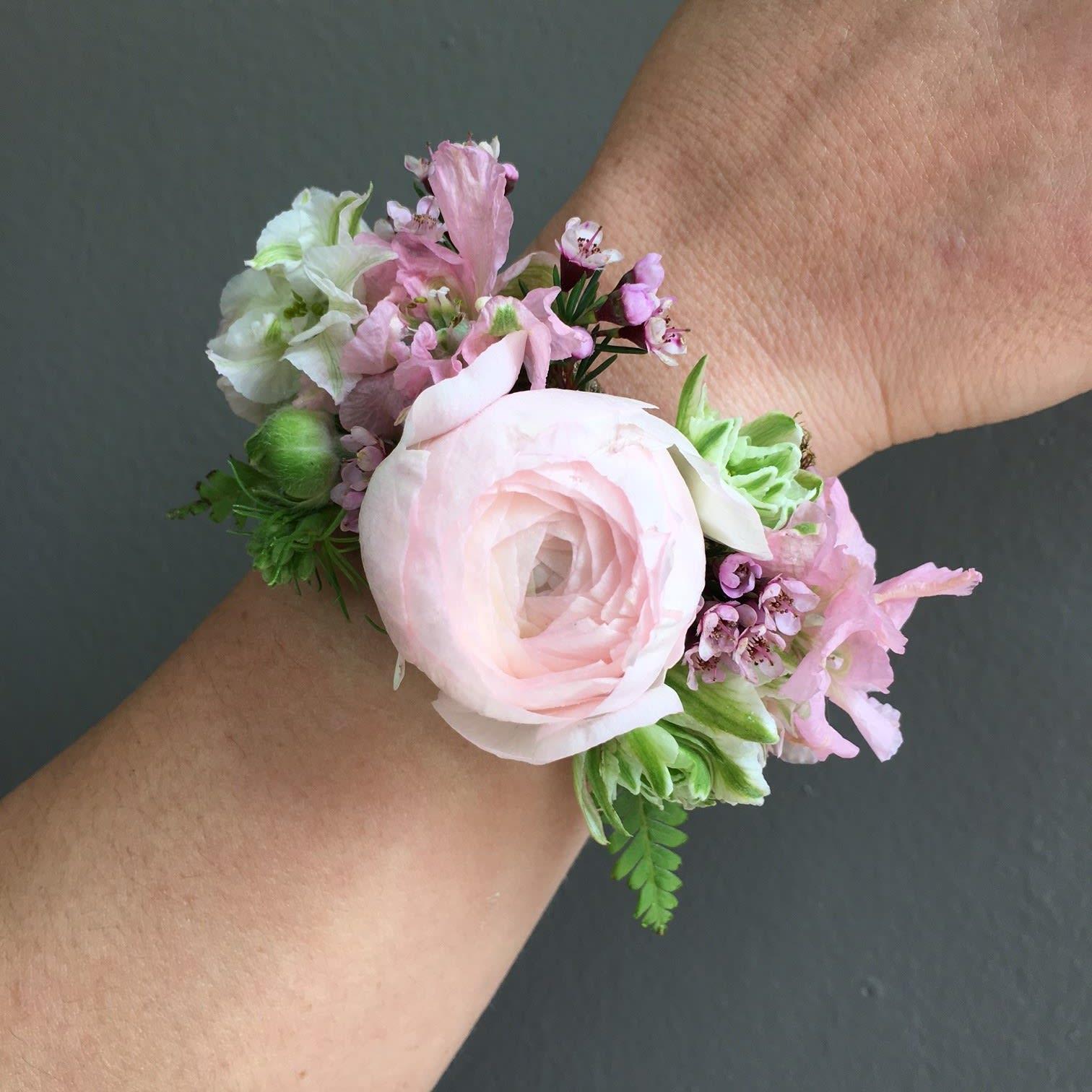 pretty nice 85ca1 bc5e5 Wrist Corsage in Pittsford, NY | Pittsford Florist