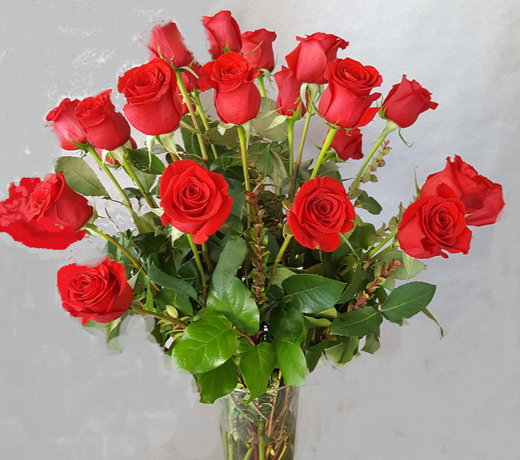 Save 50 2 Doz Red Roses Reg 170 00 Sale Price 120 00 In Portland Or Market Street Floral