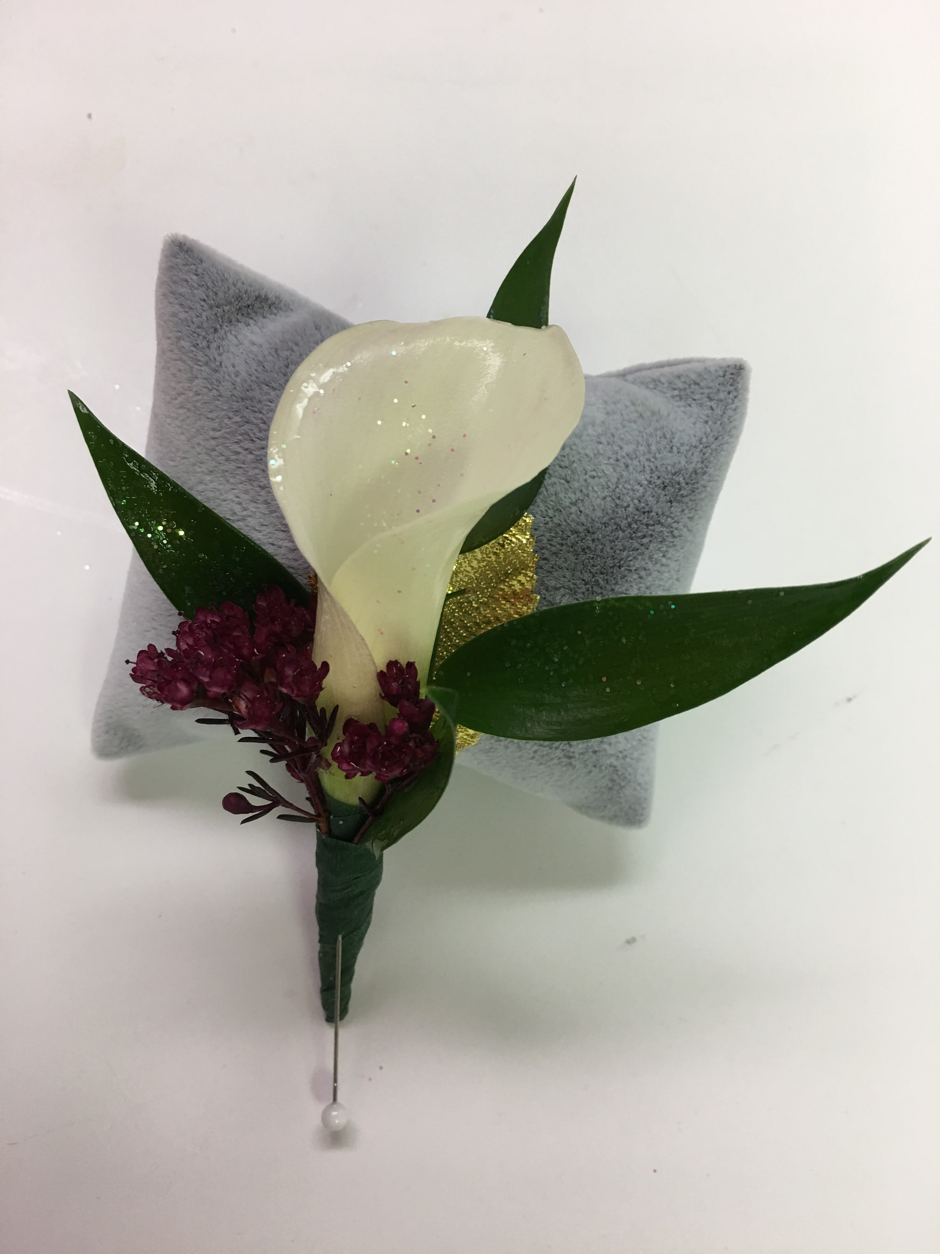 B15 Calla Lily Boutonniere In Bensalem Pa Flower Girl Florist