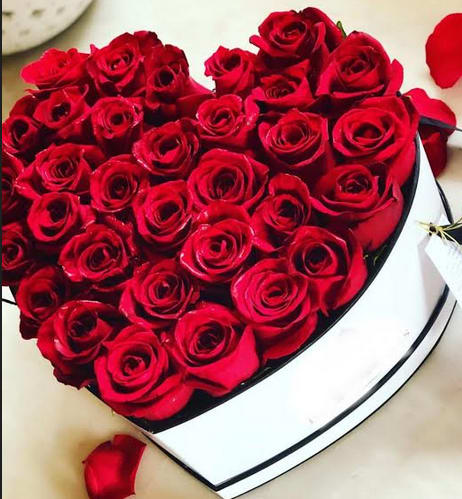 Red Heart Of Roses In Fullerton Ca Flower Allie