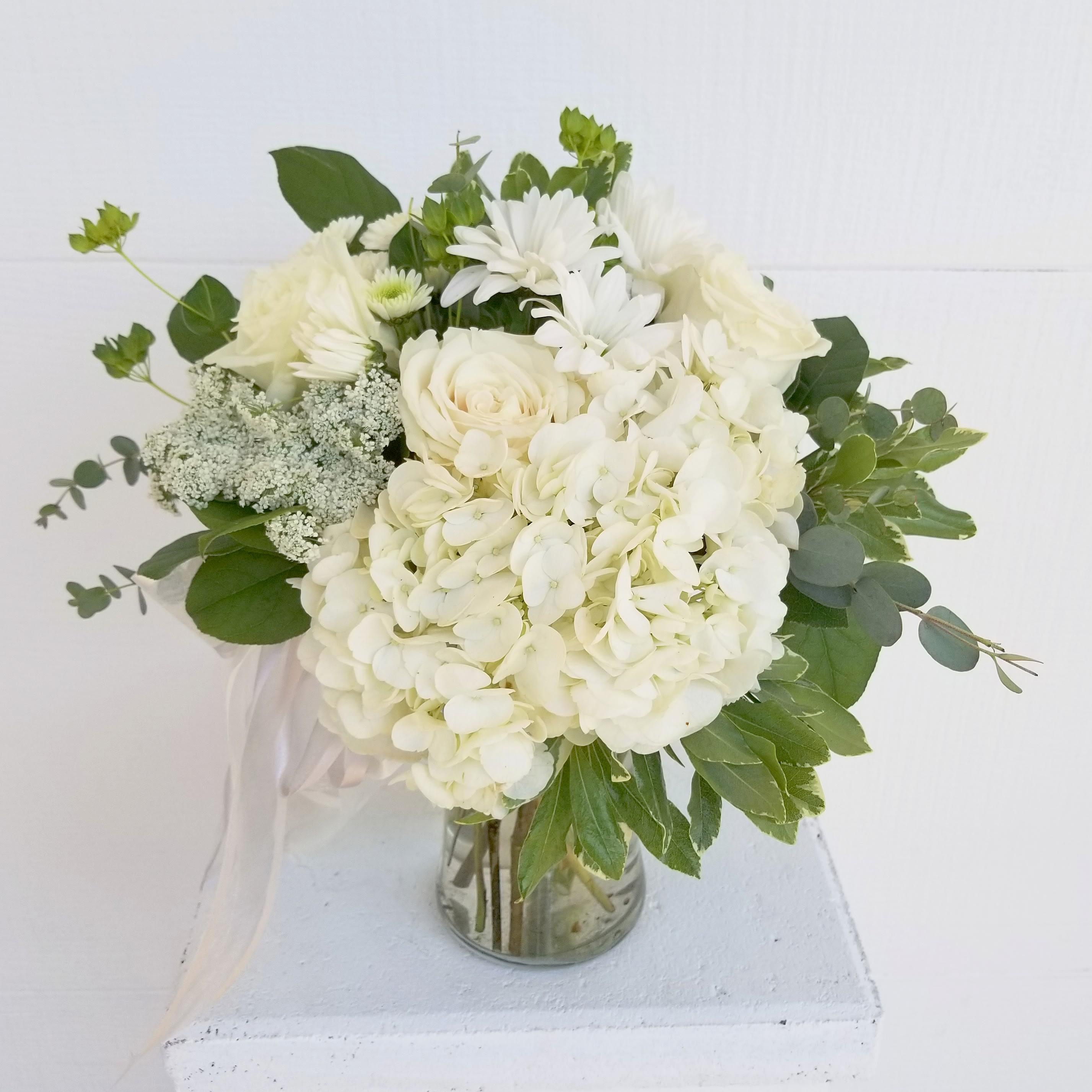 White Daisy Arrangement In Scottsdale Az Paradise Valley Florist