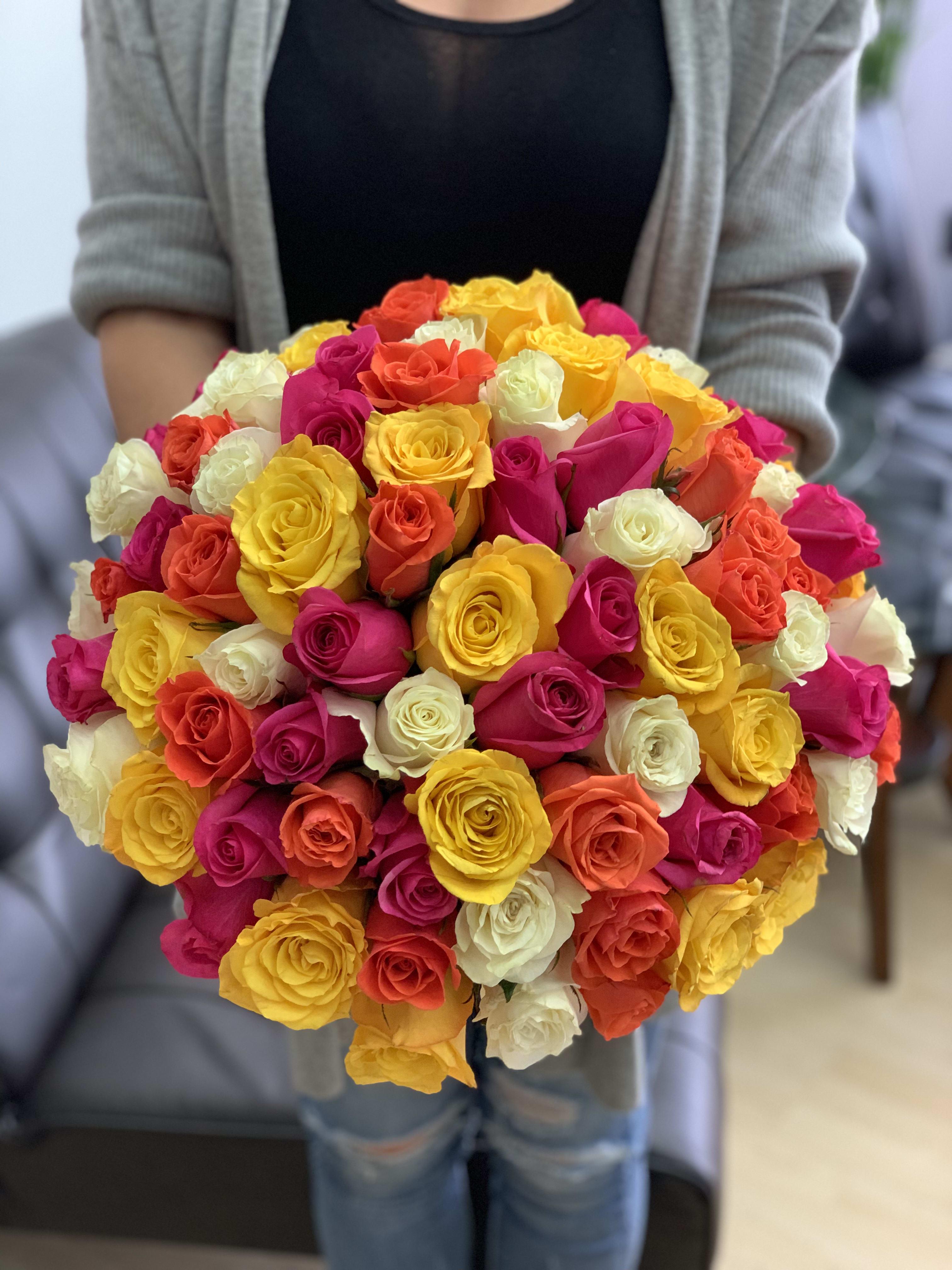 100 Mixed Roses Bouquet in Miami , FL | Luxury Flowers Miami