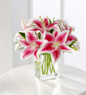 The Ftd Pink Lily Bouquet S22 4298 In Cincinnati Oh Greene S