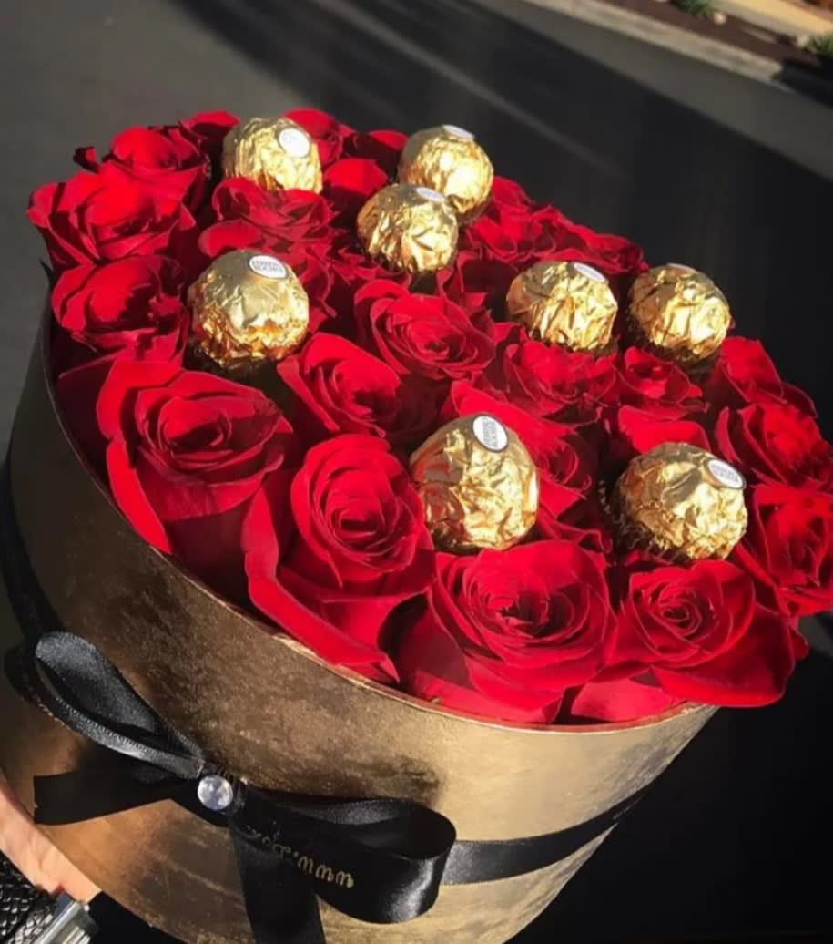 Rose And Chocolate Box By Jatcoia Floral Design