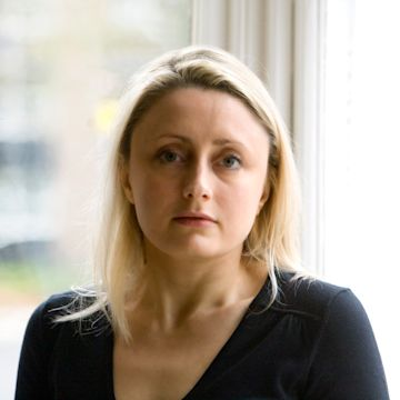 Lucie Whitehouse photo