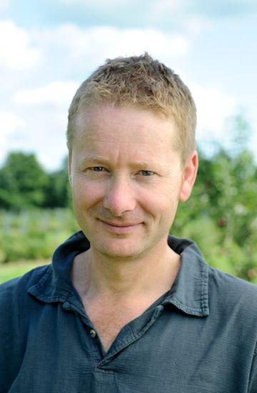 Mark Diacono photo