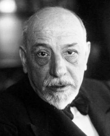 Luigi Pirandello photo