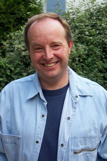 Simon Mills photo
