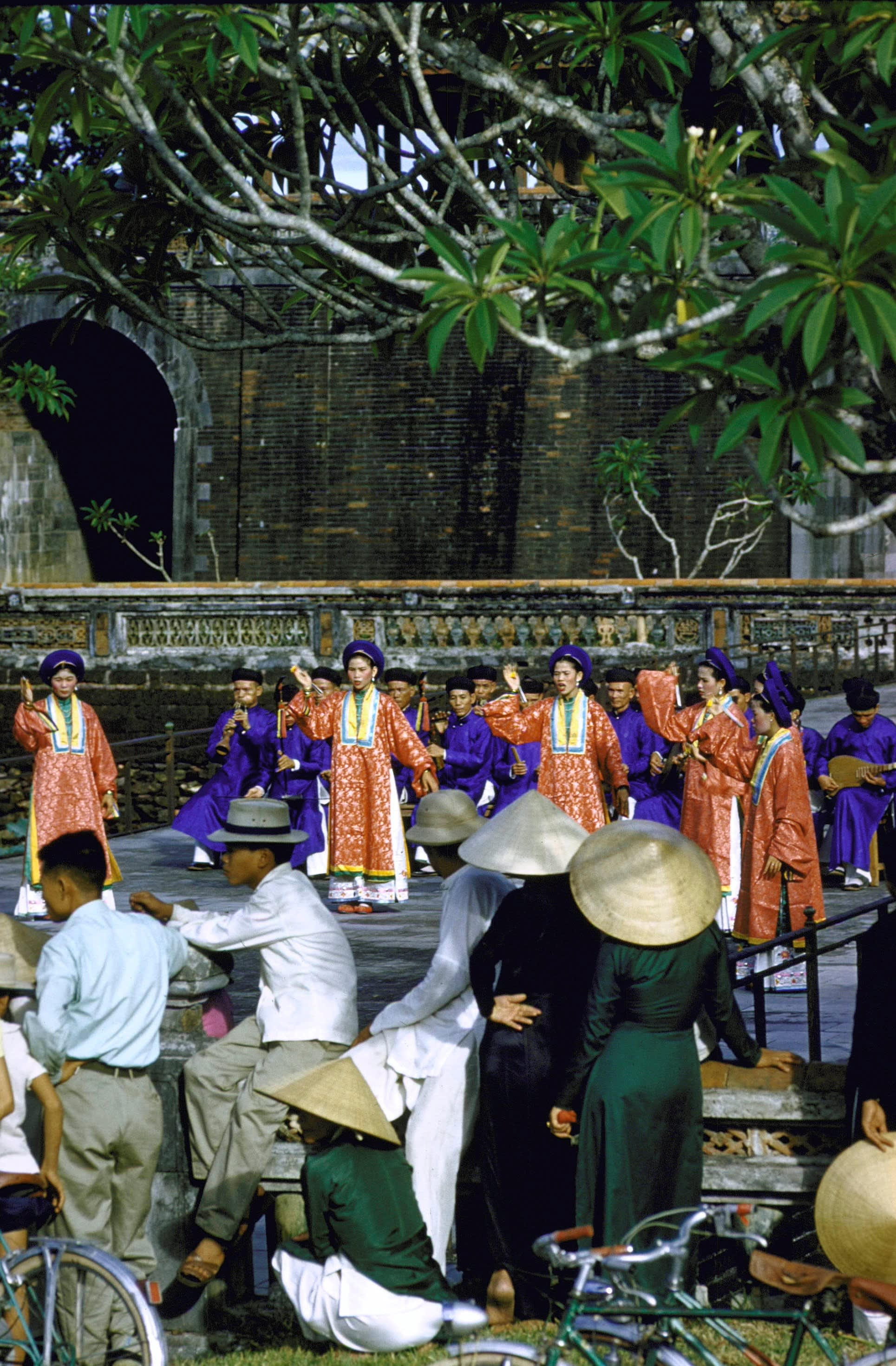 Outdoor performance by traditional musicians and dancers from the Imperial City, Vietnam (Getty Images)