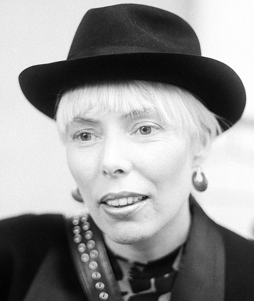 Joni Mitchell pictured backstage at Wembley Arena, London, 23rd April 1983