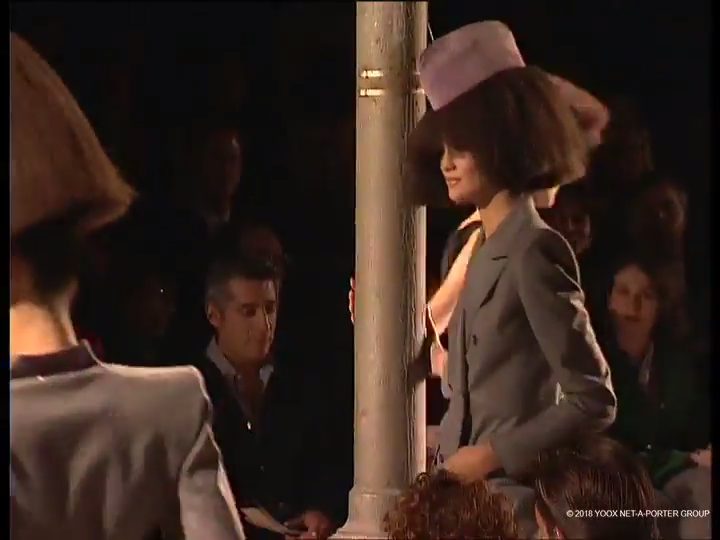 Givenchy, Autumn/Winter 1997