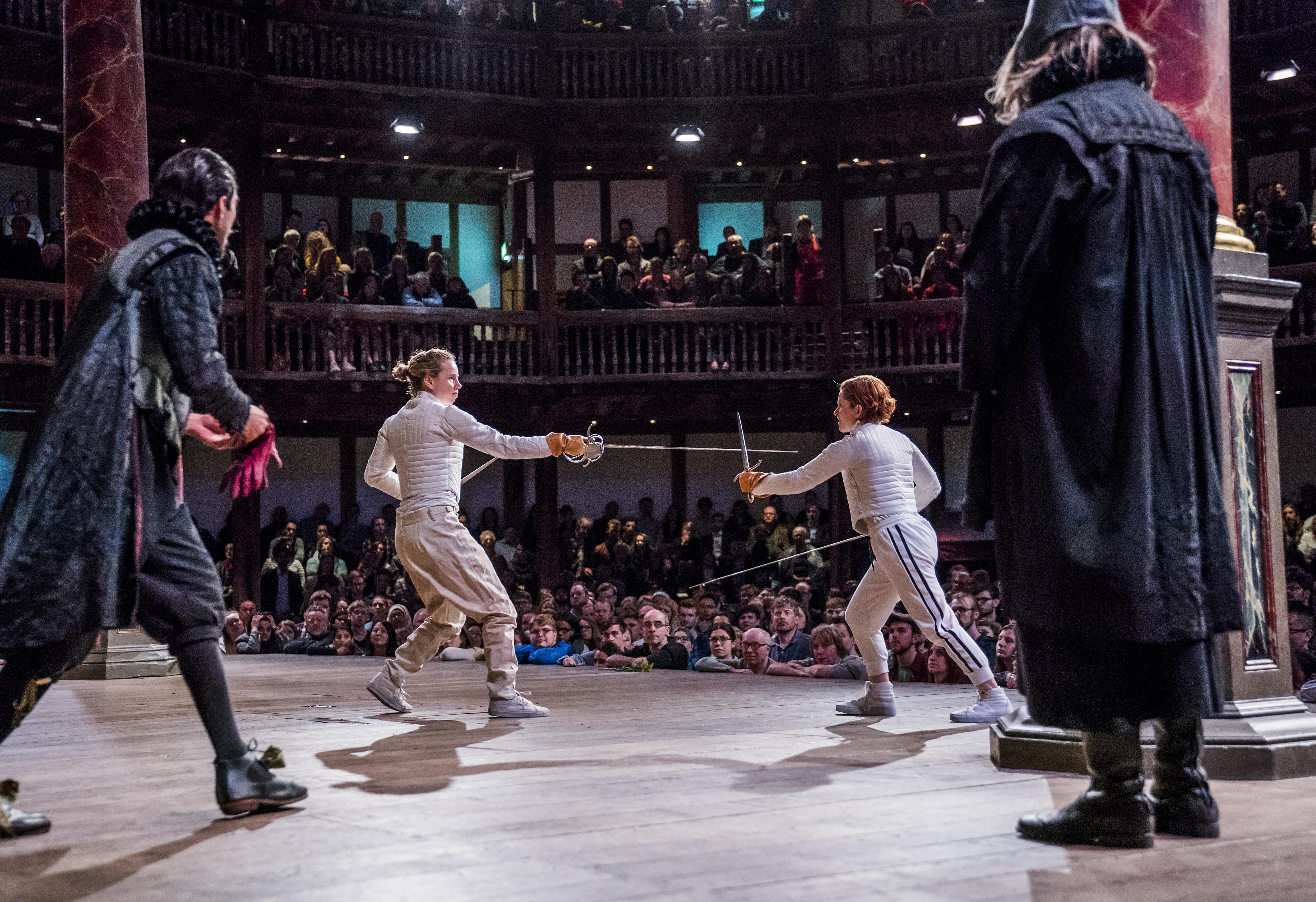 Hamlet at Shakespeare's Globe production image