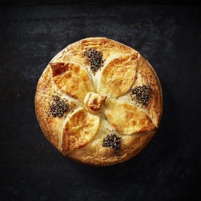 Boscastle Beef Burgundy Family Pie (WA & QLD)